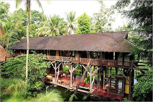 Tropical Traditional House in Bali 2