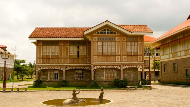 spanish-houses-bahay-na-bato-with-wood-top-and-capiz-window