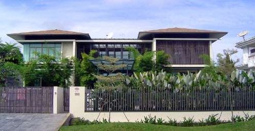 Modern urban Malay House