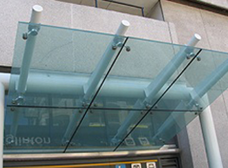 Laminated Glass Canopy with spider