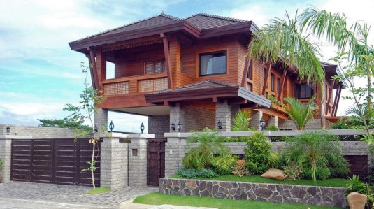 Philippines Construction - Wood House